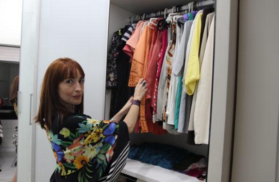 Como organizar o guarda-roupas
